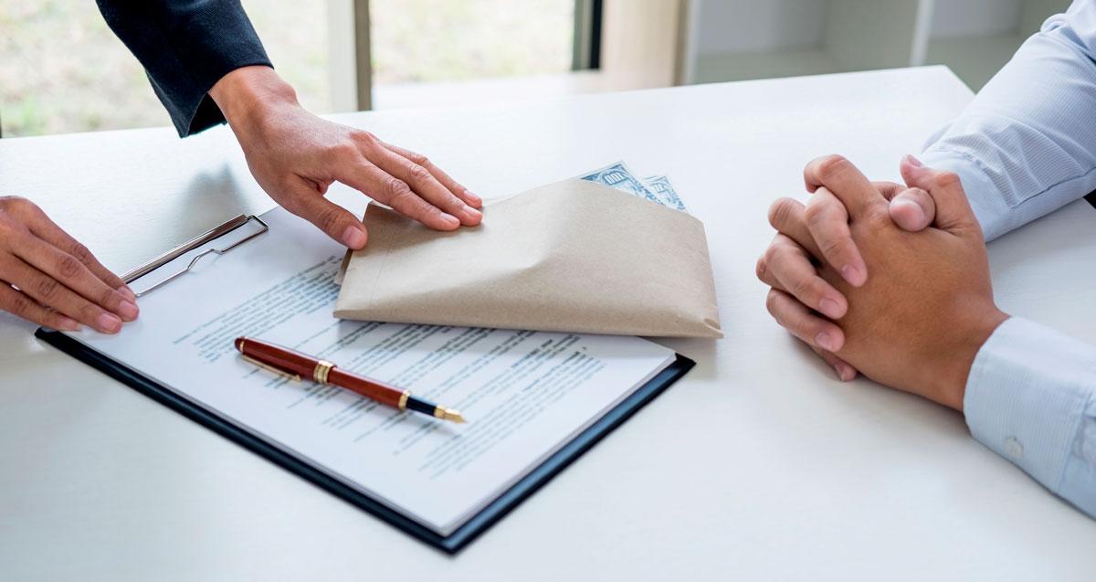 Статья 176 ук рф незаконное получение кредита